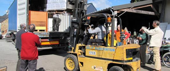 Chargement du conteneur pour le Burkina